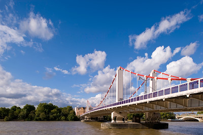 Chelsea Bridge over THames River, London, United KIngdom