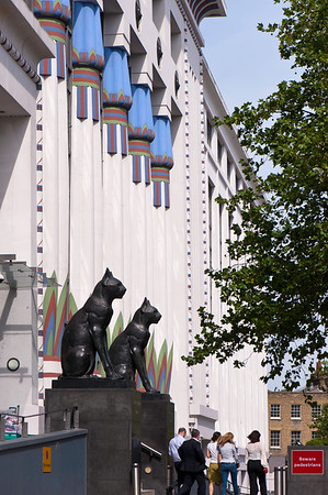 Carreras Cigarette Factory on Hampstead Road NW1 Designed by M E & O H Collins with A G Porri in 1928 it was inspired by Tutankhamen's Tomb and has two 8' black cats above the entrance. It is now offices known as Greater London House., London, United Kingdom