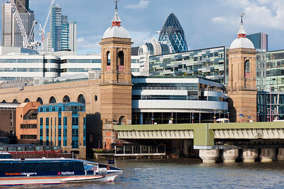 Cannon Railway Station by Thames River, London, United Kingdom