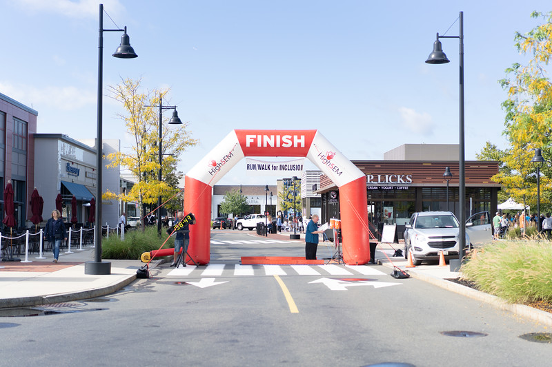 9 26 2021 VL Lynnfield 5k For Inclusion Northeast Arc MarketStreet-001