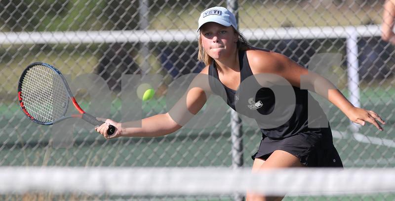 dc.0903.Sycamore Morris girls tennis07