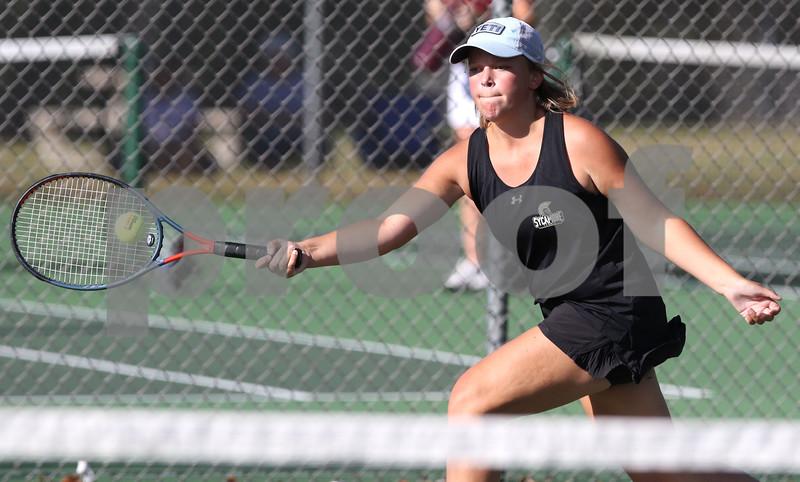 dc.0903.Sycamore Morris girls tennis04
