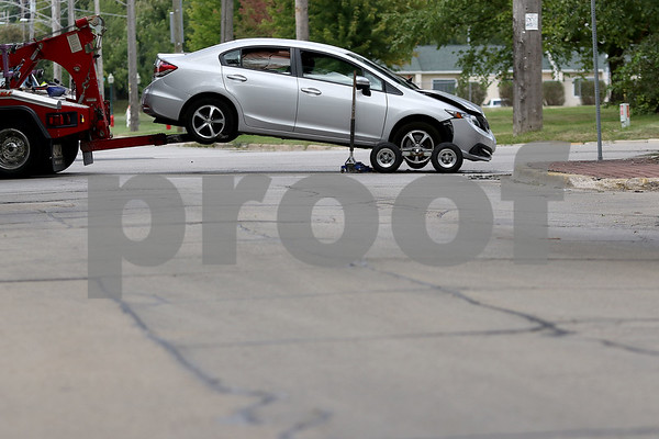 dnews_0905_Car_Crash_05