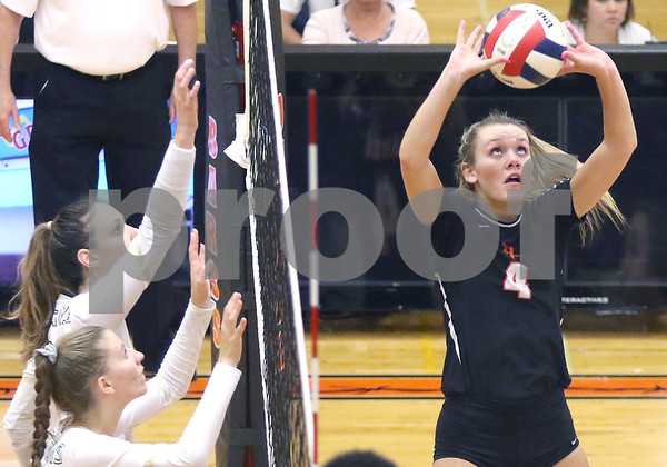 dc.sports.0910.dekalb sycamore volleyball08