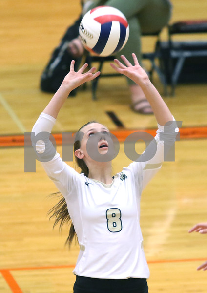 dc.sports.0910.dekalb sycamore volleyball02