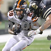dc.sports.0915.dekalb sycamore football15