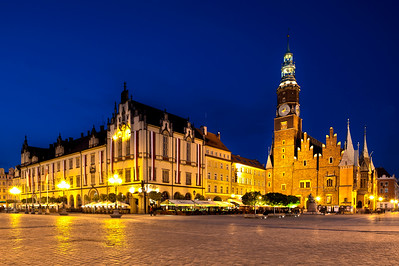 Market Square in historic Old Town at dusk, Wroclaw, Poland