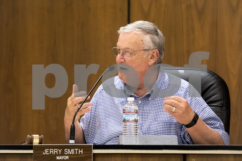 Sam Buckner for Shaw Media.<br /> DeKalb Mayor Jerry Smith speaks on TIF funds on Tuesday September 19, 2017.