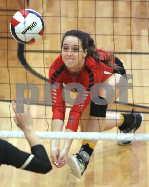 dc.sports.0919.Sycamore Yorkville volleyball11