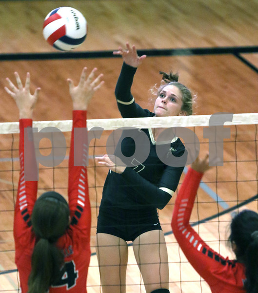 dc.sports.0919.Sycamore Yorkville volleyball05