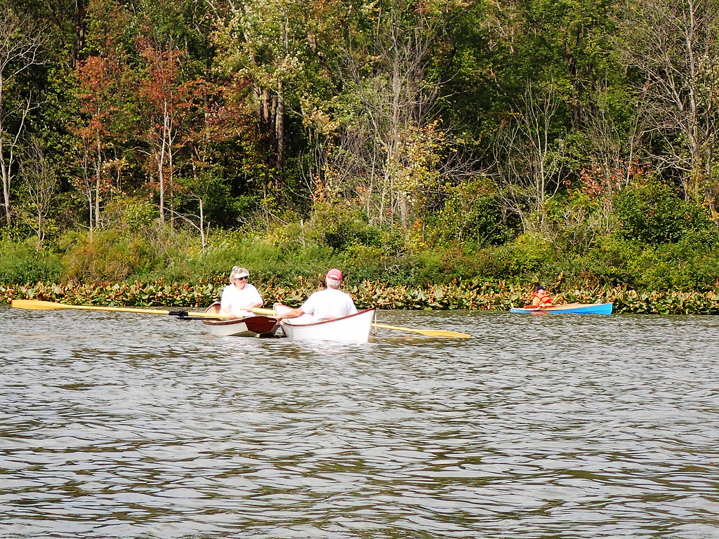 . Jonathan Tressler � The News-Herald <br> A scene from the Cleveland Amateur Boatbuilding and Boating Society�s Sept. 1 messabout at Bass Lake Preserve in Munson Township.