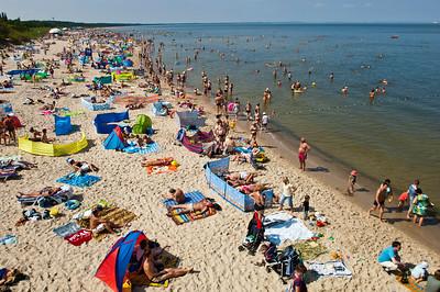 Busy sandy beach, Miedzyzdroje, Poland