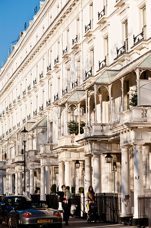 Architecture around Cadogan Place, SW1, London, United Kingdom