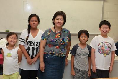 Lớp 1C, TA và cô Kim Chi