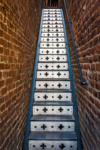 Stairs to 1000 steps