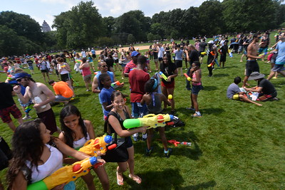 WATERFIGHT  NYC  2015  -   The  Great  Lawn,  Central  Park  NYC