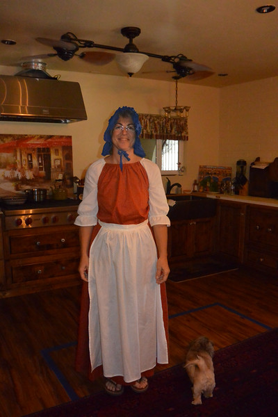 So Thanksgiving may have been around Halloween and it was perfect, I loved my moms costume! - Friday Halloween...
