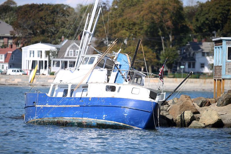 BoatCrashNahantWharf10-01 Falcigno 01
