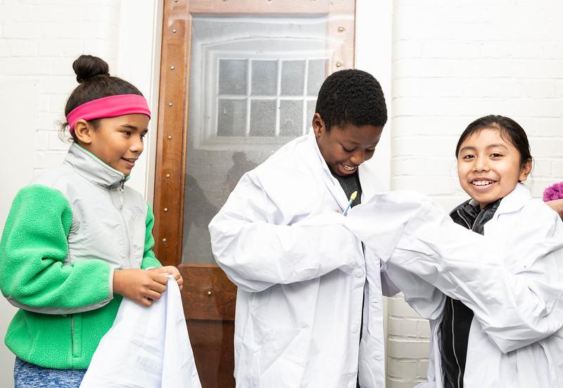 10 25 18 Lynn Education secretary visits Washington STEM 11