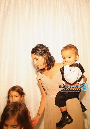 10 . 8 . 17 - Ashley & Sebastian - Photo Booth
