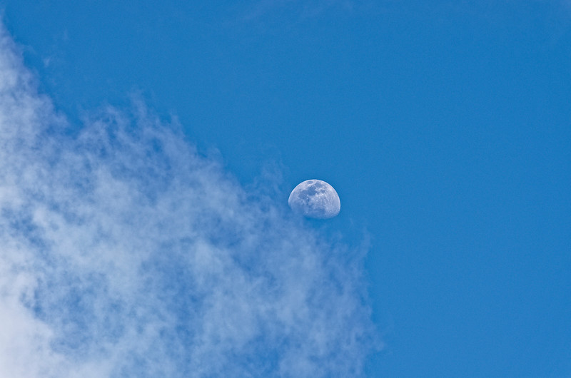 The day we were there was bright and sunny, with this half moon in the sky.