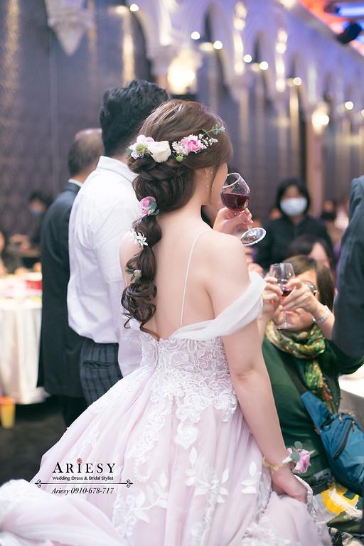 新娘秘書,台中新秘,鮮花新秘,鮮花編髮,敬酒造型,愛瑞思,ariesy