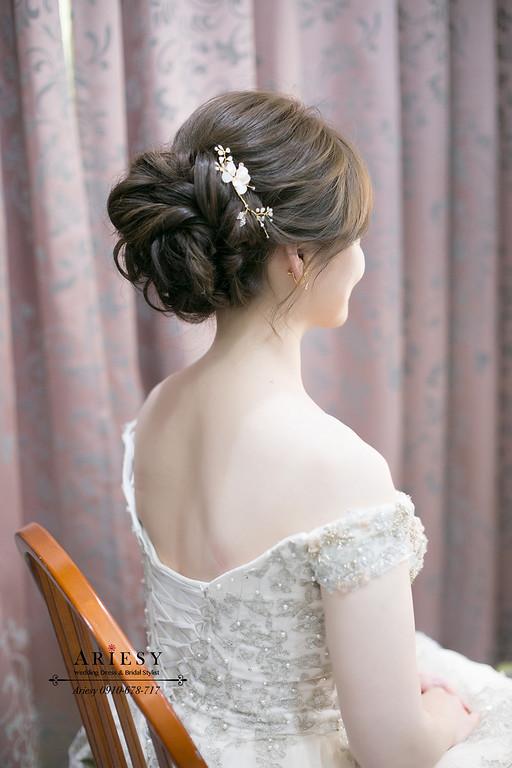 新娘秘書,台中新秘,鮮花新秘,文定盤髮,文定造型,愛瑞思,ariesy