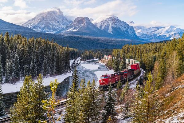 Morant's Curve Banff National Park