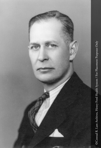 Dr. Roger S. Siddall, Department of Obstetrics, c.1925. From the Conrad R. Lam Collection, Henry Ford Health System. ID=01-022