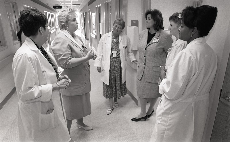 101494_567<br /> PATIENT FOCUS CARE GRAND OPENING, F5, NAM UNIT 1996
