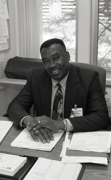 101494_069<br /> LEE GOODEN , 40 years of service, 1994
