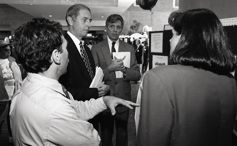 101494_606<br /> QUALITY LEADERSHIP FORUM - EXHIBITS, DR. CONWAY, DR. ROYER, E&R LOBBY 1996