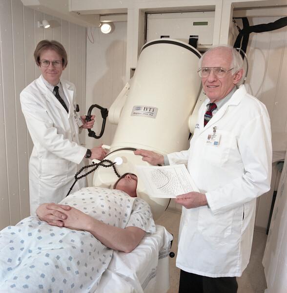 101494B_582<br /> PORTRAIT: DR. BARKLEY & DR. N. TEPLEY, 1999