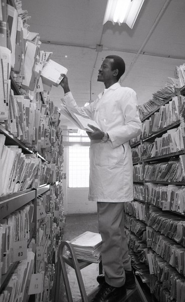 101494_083<br /> THE FILES AT 411 PIQUETTE,Detroit, Medical Records, 1994