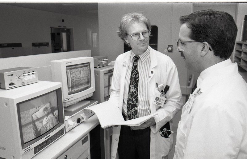 101494_075<br /> EPILEPSY RESEARCH DRS. GREG BARKLEY (left) AND BRIEN SMITH, 1994