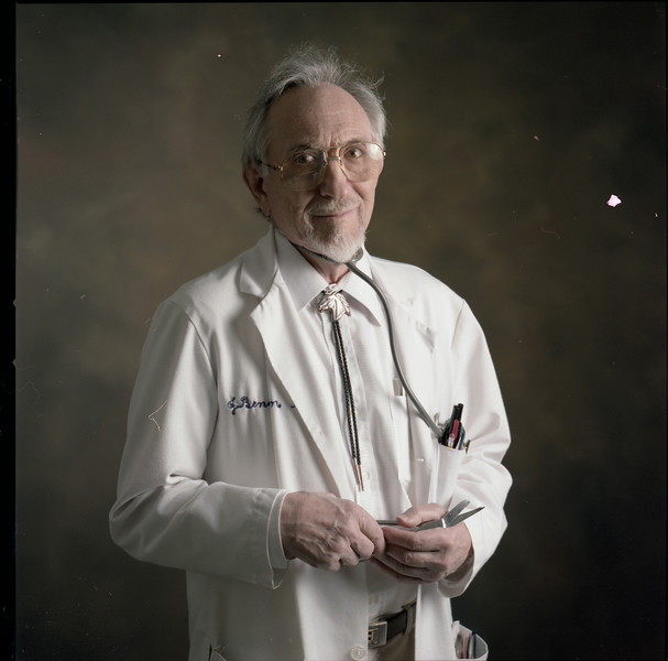101494B_460<br /> DR. JOSEPH BENUNSON, 1995