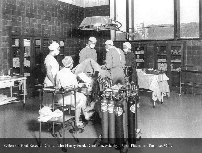 The Surgical Pavilion operating room, c.1940. From the Collections of The Henry Ford: Acc. 833, Box18, P833.83482-30