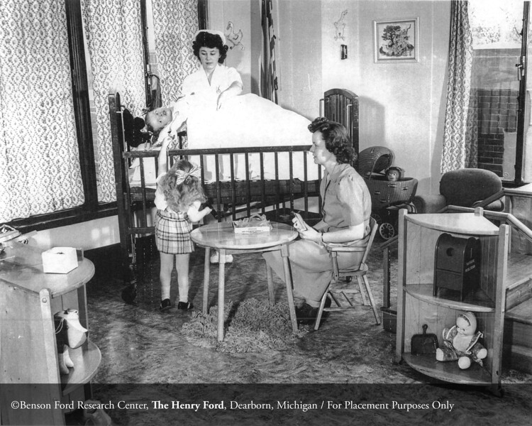 The Henry Ford Hospital Department of Pediatrics in 1945. From the Collections of The Henry Ford: Acc. 833, Box 18, P833.81514-5