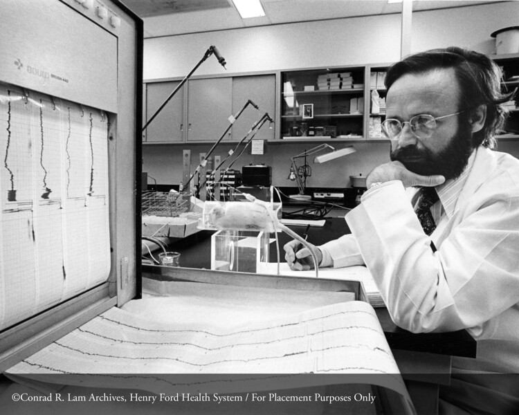 Dr. Oscar A. Carretero in the Henry Ford Hospital Hypertension Laboratory, 1978. From the Conrad R. Lam Collection, Henry Ford Health System. ID=07-014
