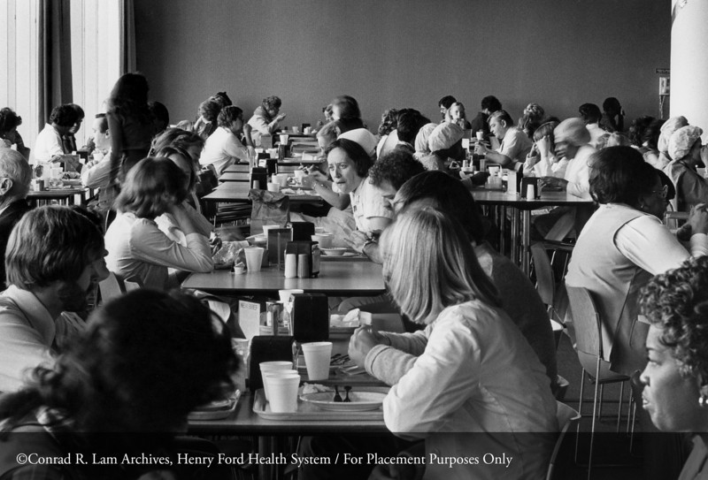 Henry Ford Hospital main cafeteria, c.1980. From the Conrad R. Lam Collection, Henry Ford Health System. ID=08-015