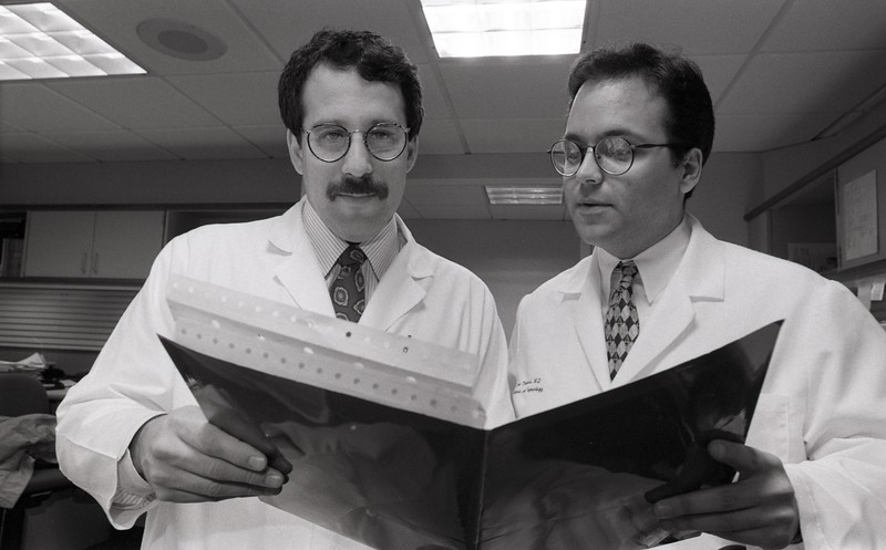 101494_401<br />  DR. ROBERT GOLDFARB (OB-GYN) AND THEO HARRIS, WEST BLOOMFIELD 1996