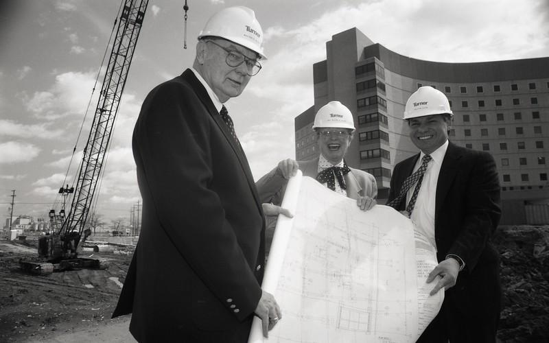 101494_498<br /> MR. & MRS. WALTER ALLEN WITH BILL ALVIN AT CON. SITE 1996