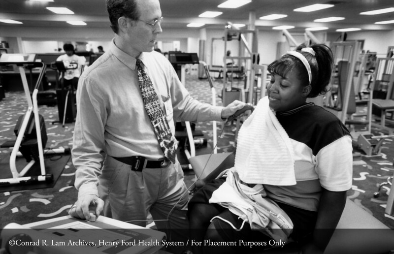 Fitness Works at the William Clay Ford Center for Athletic Medicine, 1997. From the Conrad R. Lam Collection, Henry Ford Health System. ID=09-019