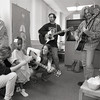 101494_207<br /> MUSICIAN SHERYL CROW VISITS THE KIDS IN PEDS, 1995