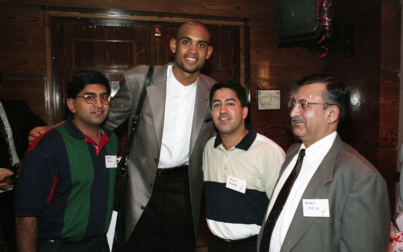101494_368 Asad, Asif & Ghaus Malik, with Grant Hill (tall one), SHOOT FOR A CURE, Palace oif Auburn Hills, 1995
