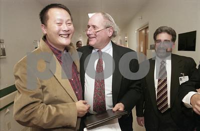 101494B_007 JINGSHENG WEI W/ SENATOR CARL LEVIN AND STEVE VELICK, 1997