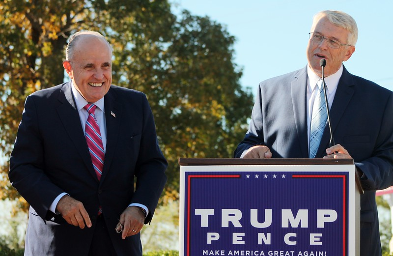 Kristi Garabrandt — The News-Herald <br> Willoughby Mayor David Anderson introduces Former New York City Mayor Rudy Giuliani at a speaking engagement in Willoughby.