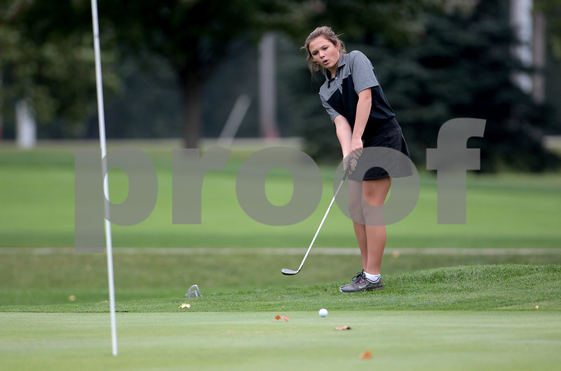 dspts_thu_1013_GirlsGolf2