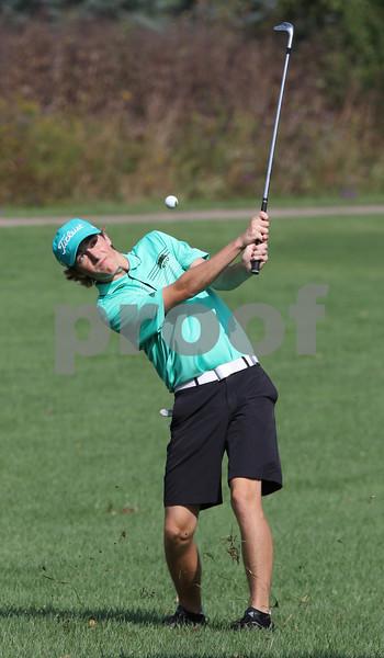NWH.sports.1009.Crystal Lake South boys golf02