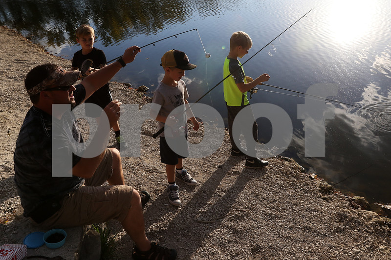 dnews_1009_Olsons_Fishing_01